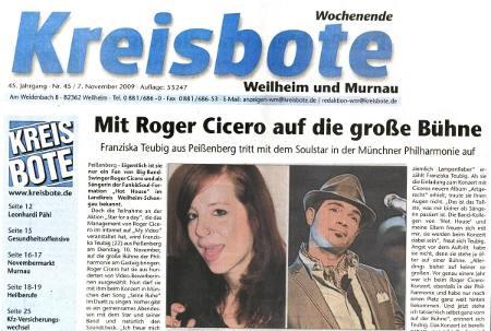 Franzi Teubig mit Roger Cicero auf einer Bühne Nov 2009